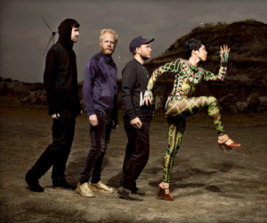 Little Dragon 300x250 Little Dragon   Nightlight (2011)